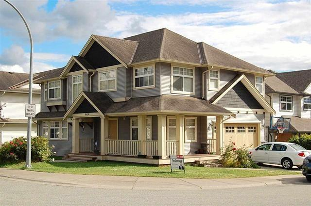 8639 Tupper Boulevard, Mission, BC V2V 0A3 (#R2193025) :: Titan Real Estate - Re/Max Little Oak Realty