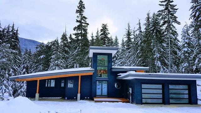 9005 Skiers Rest Lane, Whistler, BC V0N 1B9 (#R2240728) :: Vancouver House Finders