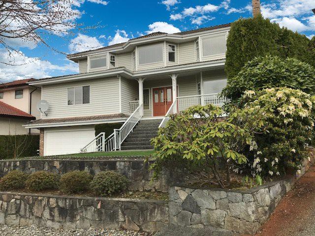 5575 Venables Street, Burnaby, BC V5B 4W5 (#R2254604) :: Simon King Real Estate Group