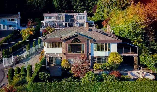 2465 Skilift Road, West Vancouver, BC V7S 2T5 (#R2228797) :: Vancouver House Finders