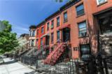 565 40 Street - Photo 1