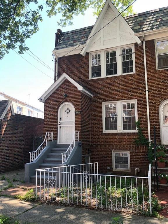 1429 E 37 Street, BROOKLYN, NY 11234 (MLS #422494) :: RE/MAX Edge