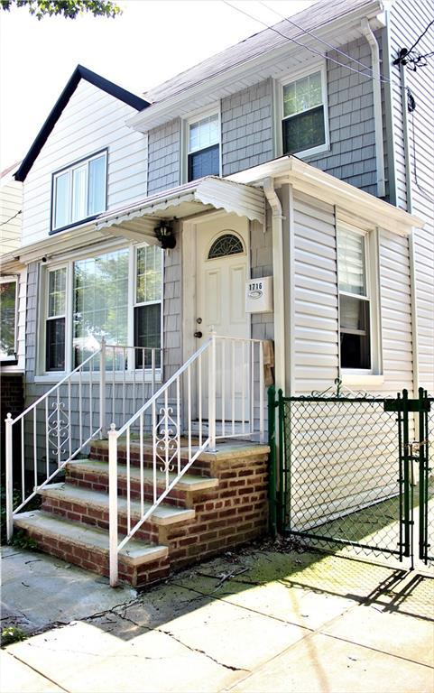 1716 E 36 Street, BROOKLYN, NY 11234 (MLS #422569) :: RE/MAX Edge