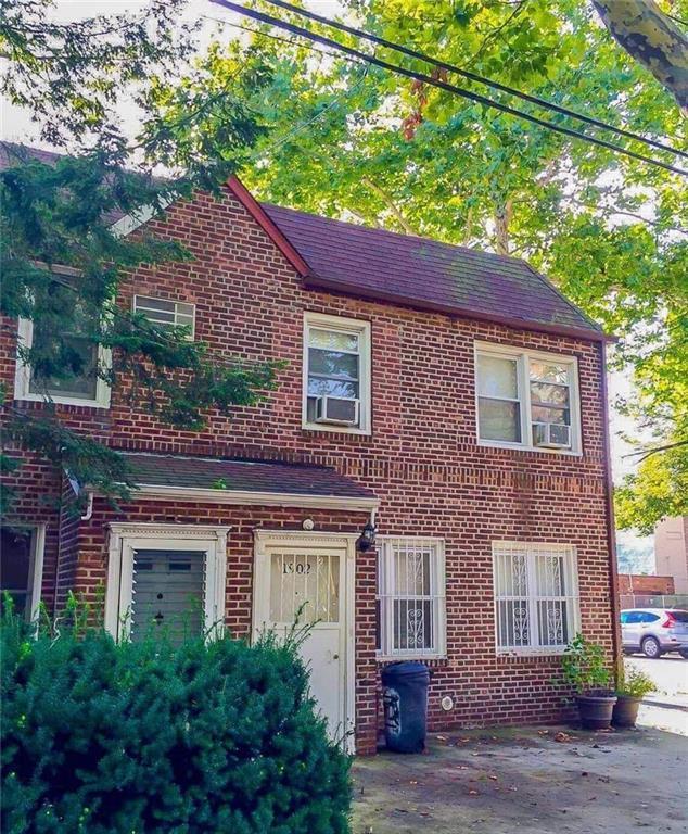 1902 E 1 Street, BROOKLYN, NY 11223 (MLS #424216) :: RE/MAX Edge