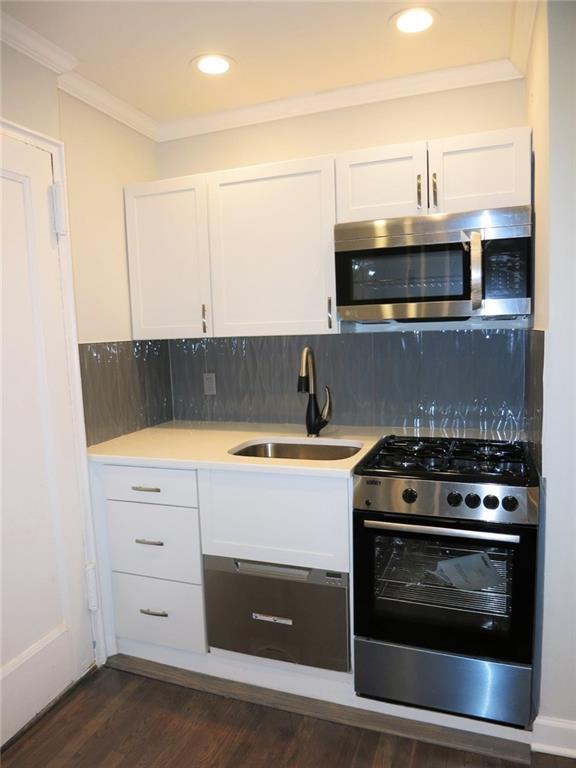 8105 4th Avenue 2E, BROOKLYN, NY 11209 (MLS #424357) :: RE/MAX Edge
