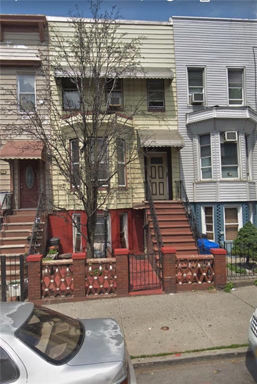 319 55 Street, BROOKLYN, NY 11220 (MLS #425552) :: RE/MAX Edge