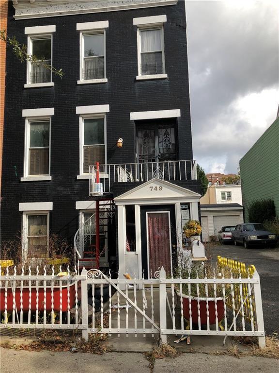 749 53 Street, BROOKLYN, NY 11220 (MLS #425575) :: RE/MAX Edge