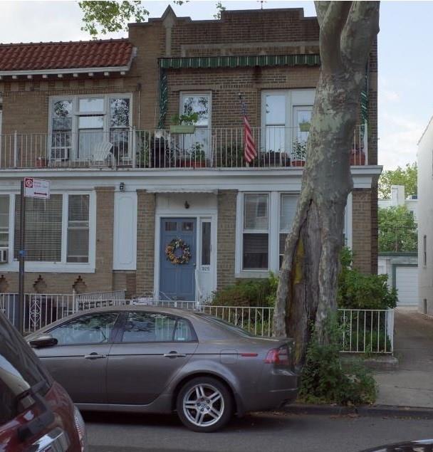 325 84 Street, BROOKLYN, NY 11209 (MLS #427338) :: RE/MAX Edge