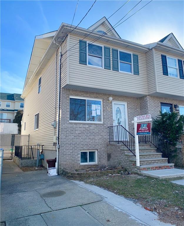 10 Penn Street, State Island, NY 10314 (MLS #427354) :: RE/MAX Edge