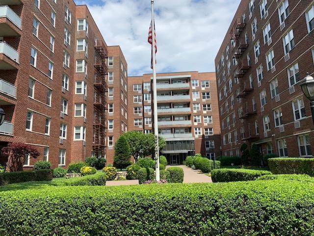9201 Shore Road D611, BROOKLYN, NY 11209 (MLS #430920) :: RE/MAX Edge