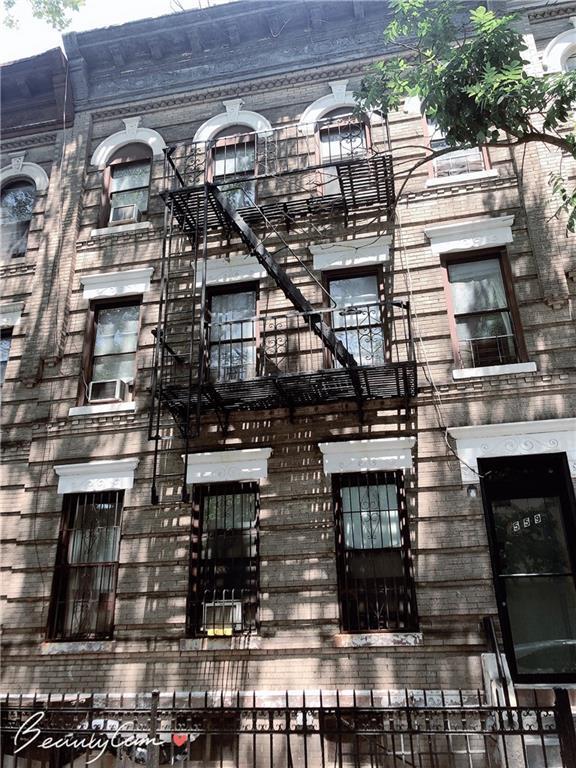 559 50 Street, BROOKLYN, NY 11220 (MLS #431741) :: RE/MAX Edge