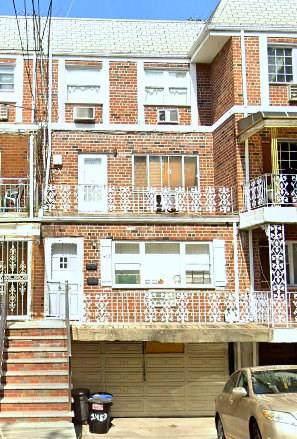 1453 84 Street - Photo 1