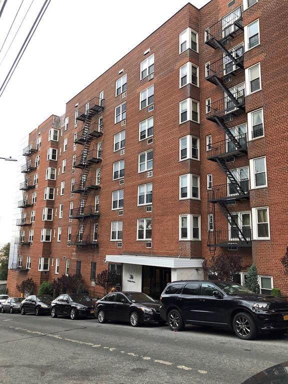 36 Hamilton Avenue - Photo 1