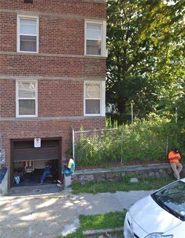724 E 235 Street, BROOKLYN, NY 10466 (MLS #435337) :: RE/MAX Edge