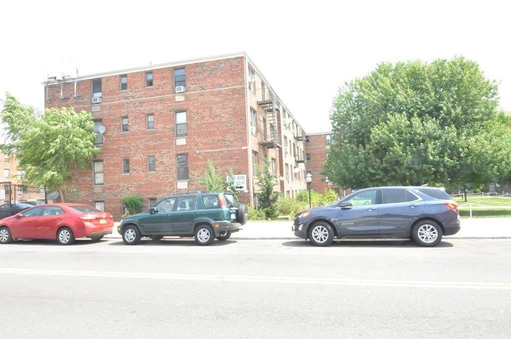 1001 108 Street - Photo 1