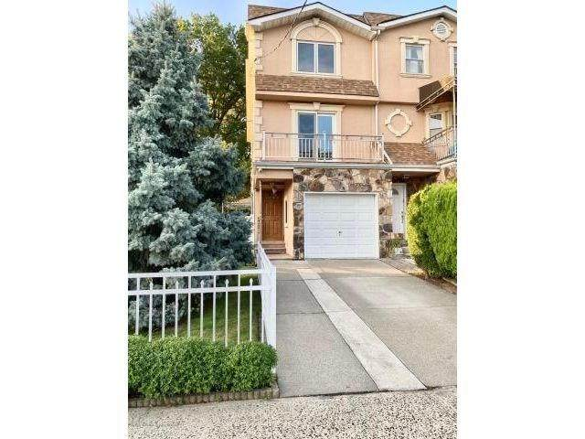 77 Sideview Avenue, Staten  Island, NY 10314 (MLS #440310) :: RE/MAX Edge