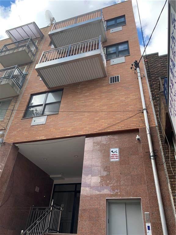 826 55 Street - Photo 1