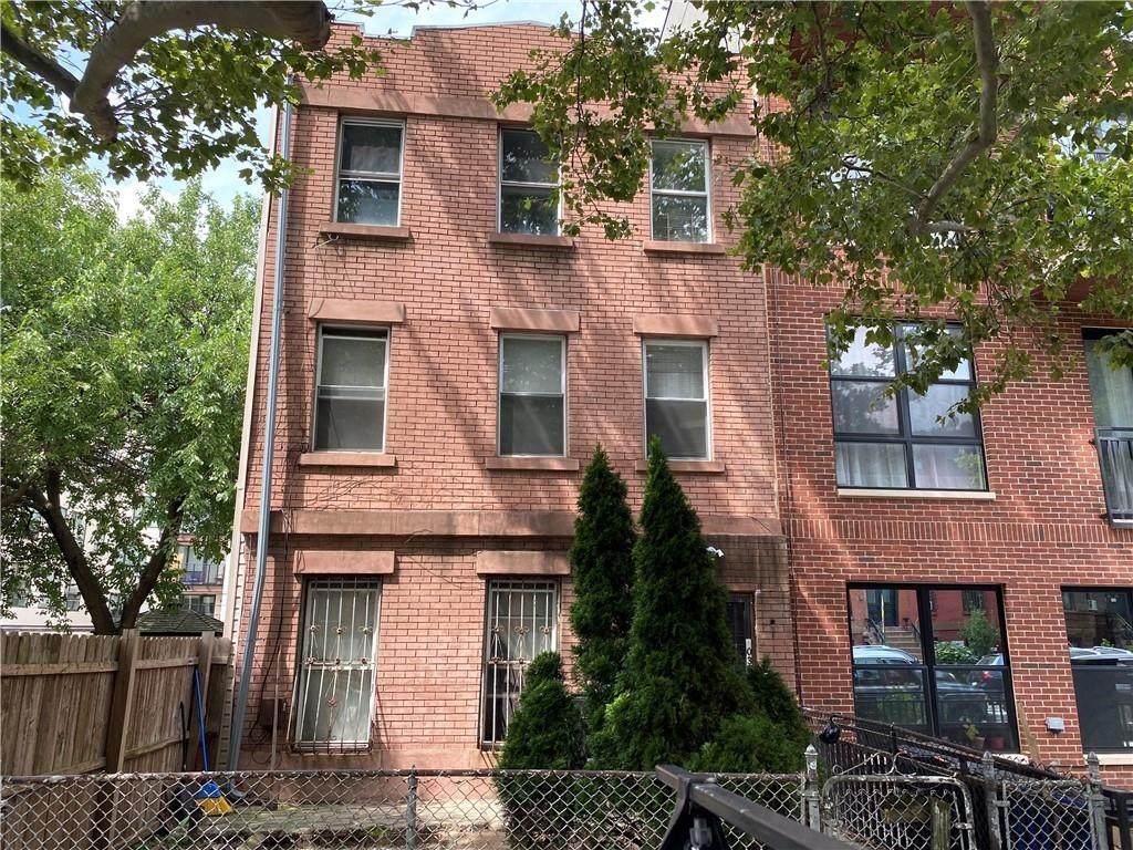 403 Quincy Street - Photo 1