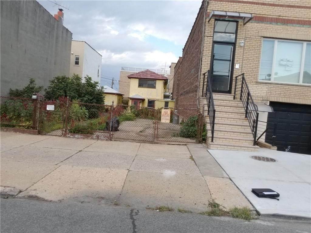 2705 Harway Avenue - Photo 1