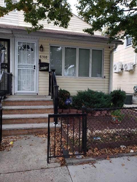 6316 Avenue T - Photo 1