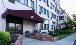 10 Bay Street Land 7 I&J, Staten  Island, NY 10301 (MLS #448756) :: Team Gio | RE/MAX