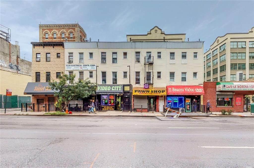 954 3 Avenue - Photo 1