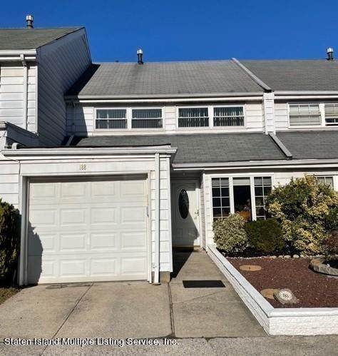 188 Dover Green, Staten  Island, NY 10312 (MLS #450210) :: Team Gio | RE/MAX
