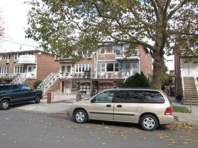 1259 E 68th Street, BROOKLYN, NY 11234 (MLS #452001) :: Laurie Savino Realtor