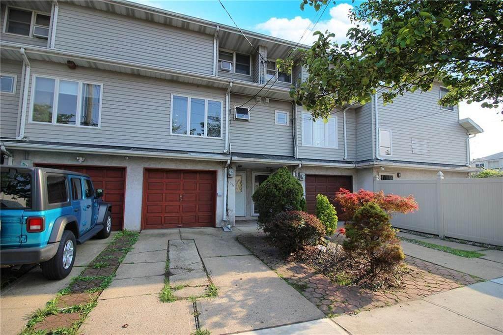 136 Reid Avenue - Photo 1