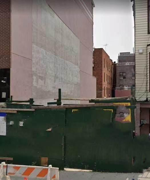 716 57th Street, BROOKLYN, NY 11220 (MLS #455785) :: Laurie Savino Realtor