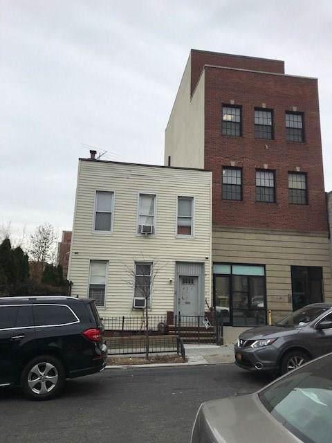 421 39 Street - Photo 1