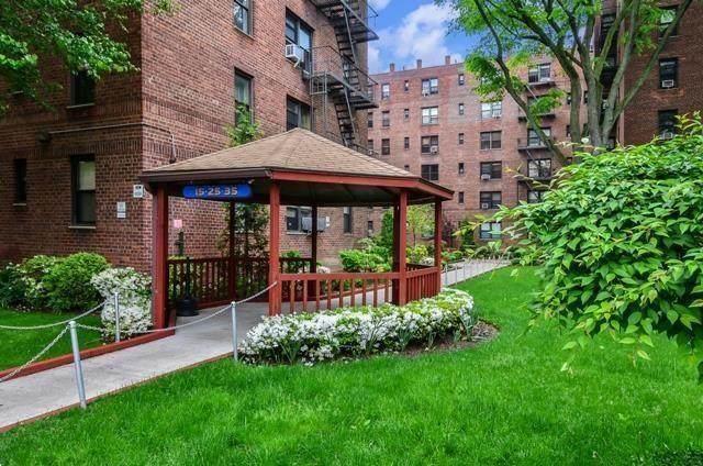 35 Oliver Street 4E, BROOKLYN, NY 11209 (MLS #444018) :: RE/MAX Edge