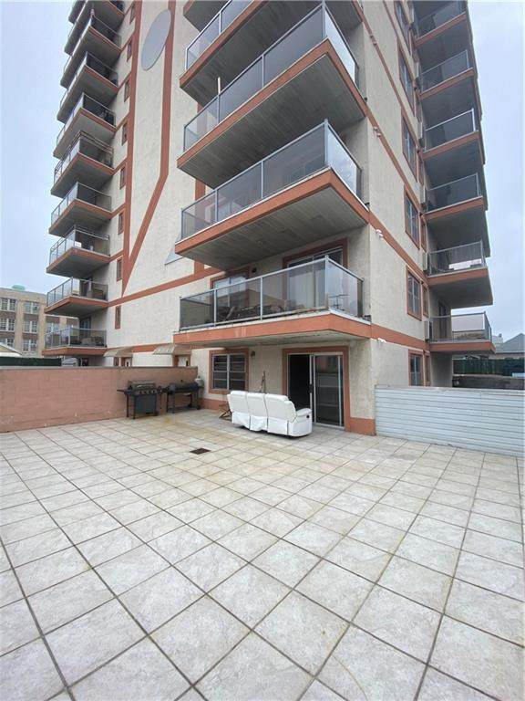 3015 Brighton 6 Street - Photo 1