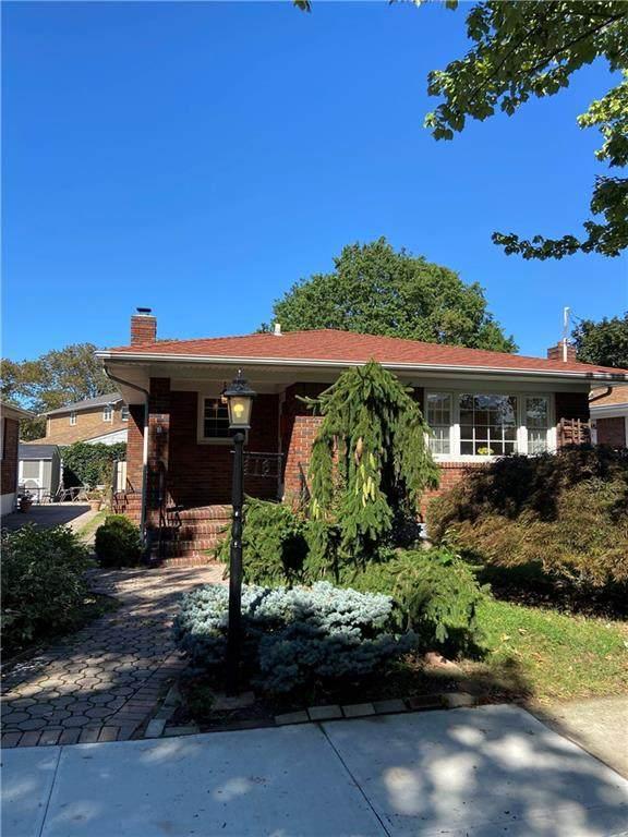 18 Piedmont Avenue, Staten  Island, NY 10305 (MLS #455814) :: Laurie Savino Realtor