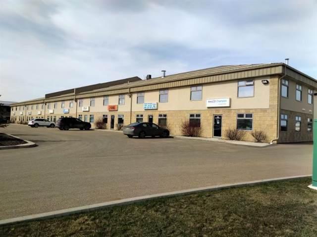 239 Spruce Street #104, Rural Red Deer County, AB T4E 1B4 (#A1008843) :: Redline Real Estate Group Inc