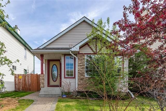 397 Harvest Rose Circle NE, Calgary, AB  (#A1011214) :: Redline Real Estate Group Inc