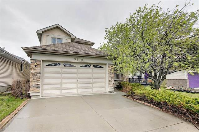 9179 Scurfield Drive NW, Calgary, AB T3L 1X7 (#A1015185) :: Redline Real Estate Group Inc