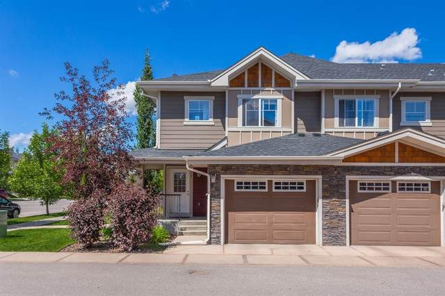 7 West Coach Manor SW, Calgary, AB T3H 1R7 (#A1015456) :: Redline Real Estate Group Inc