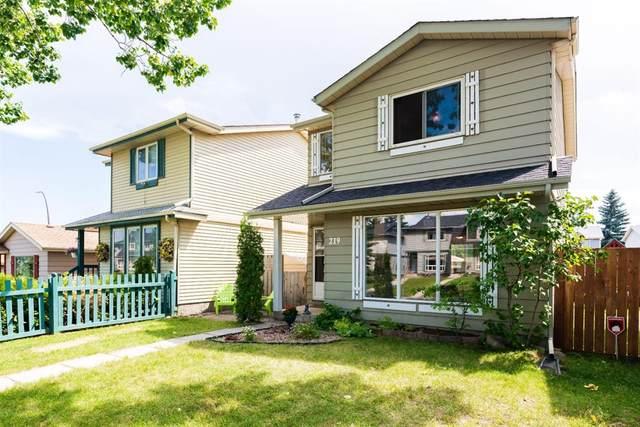 219 Erin Mount Crescent SE, Calgary, AB T2B 2T1 (#A1016164) :: Redline Real Estate Group Inc