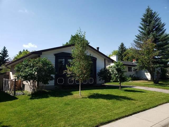1523 110 Avenue SW, Calgary, AB T2W 0E2 (#A1016541) :: Canmore & Banff