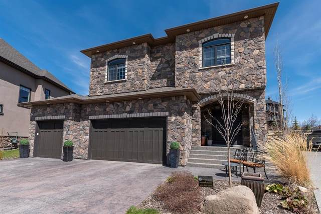 24 Fortress Court SW, Calgary, AB T3H 0T8 (#A1017843) :: Redline Real Estate Group Inc