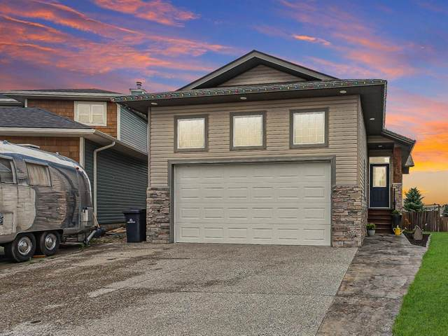 1020 Highland Green Drive NW, High River, AB T1V 1X1 (#A1017945) :: Canmore & Banff