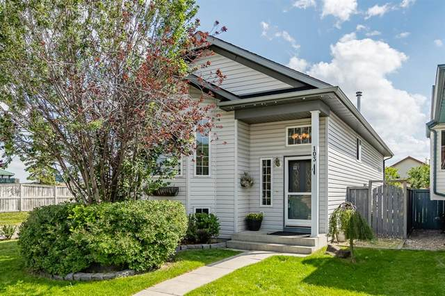 103 Erin Meadow Crescent SE, Calgary, AB T2B 3L5 (#A1019531) :: Redline Real Estate Group Inc