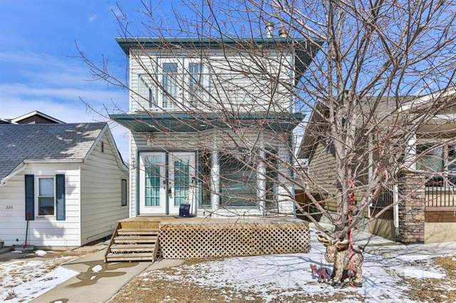 228 28 Avenue NE, Calgary, AB T2E 2B1 (#A1020707) :: Redline Real Estate Group Inc