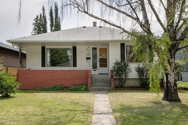 2207 25 Avenue NW, Calgary, AB T2M 2C2 (#A1021307) :: Redline Real Estate Group Inc