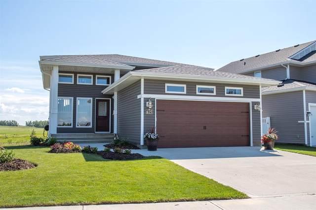 615 Robinson Avenue, Penhold, AB T0M 1R0 (#A1024366) :: Western Elite Real Estate Group