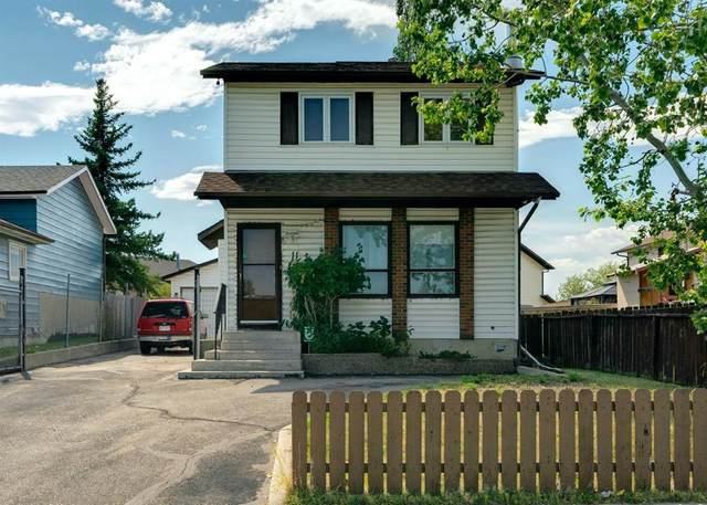 11 Castleridge Drive NE, Calgary, AB T3J 1Z8 (#A1024649) :: Team J Realtors
