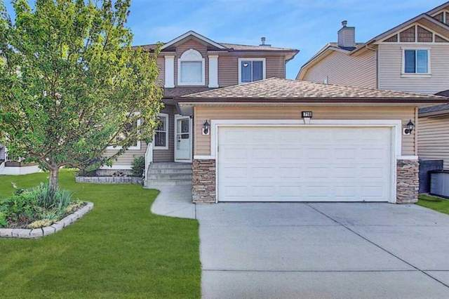 718 Woodside Bay NW, Airdrie, AB T4B 2W2 (#A1024814) :: Canmore & Banff