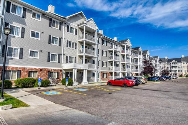 31 Country Village Manor NE #4314, Calgary, AB T3K 0T3 (#A1025274) :: Canmore & Banff