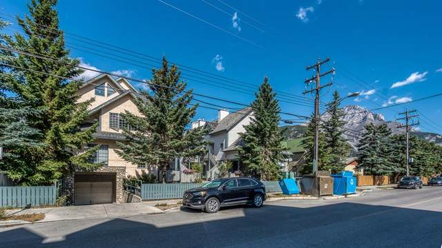 317 Marten Street E, Banff, AB T1L 1E6 (#A1025512) :: Canmore & Banff